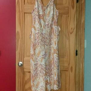 Cute pant suit NWT
